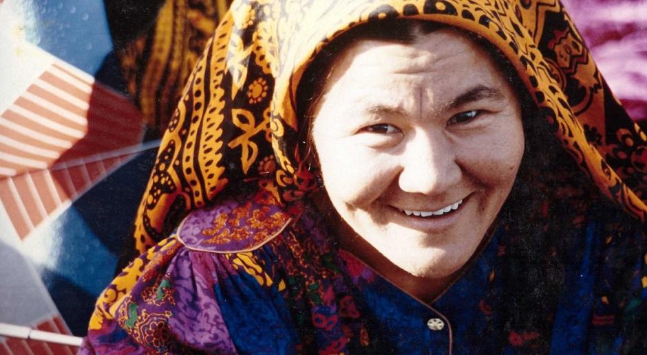 portait-ouzbekistan-femme